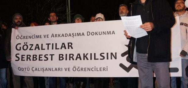 ODTÜ'lü_ogrenci_ve_calisanlardan_gozalti_protestosu